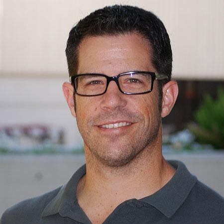 Headshot of Daniel Koury