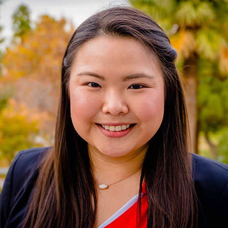Headshot of Janelle Chang