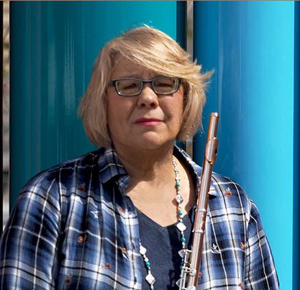 Headshot of Julie Ivy