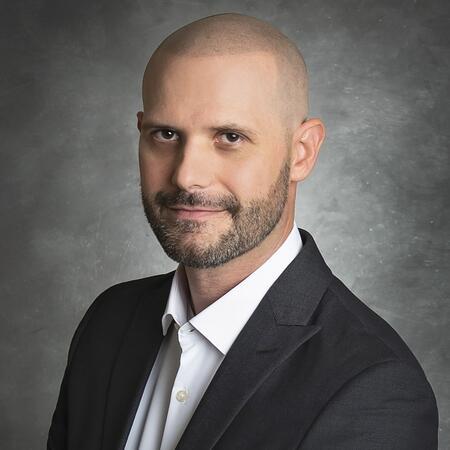 Dan Gianoutsos