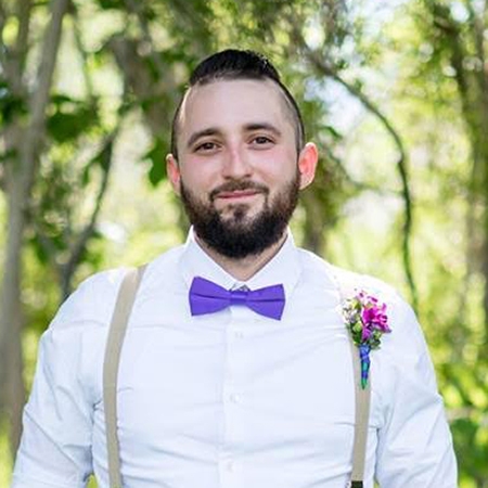Headshot of Mark Valentin