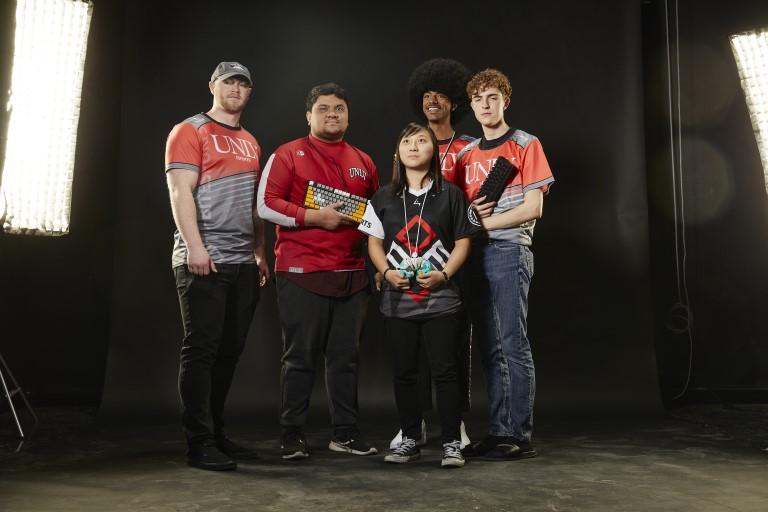8 Bit Esports Team