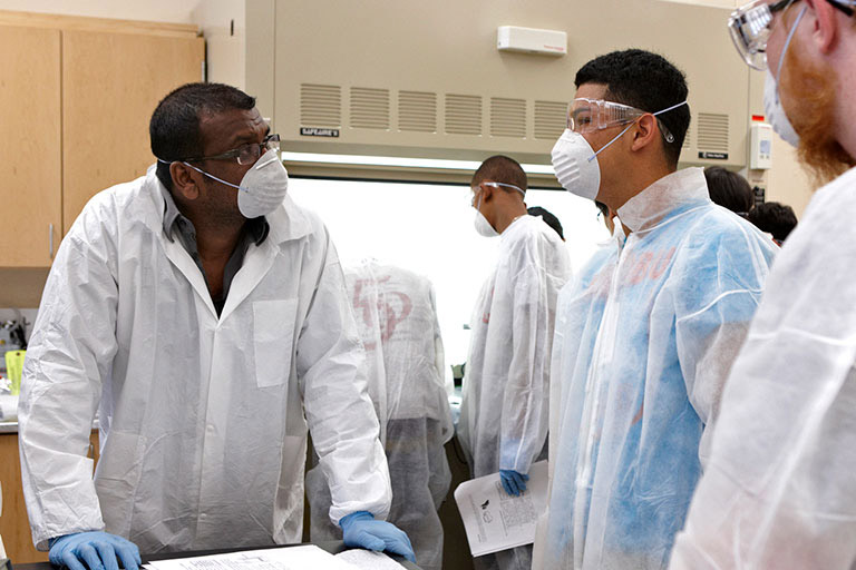 Students working at a research lab