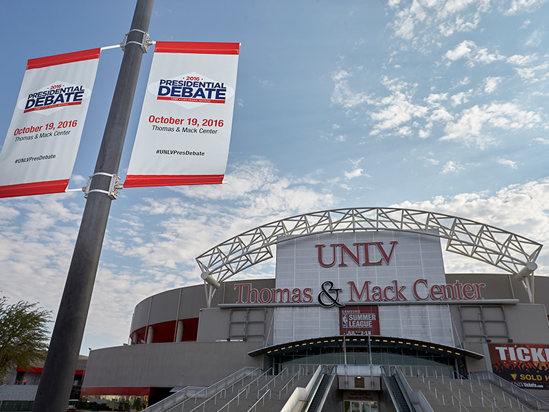 Debate banner at the Thomas and Mack Center
