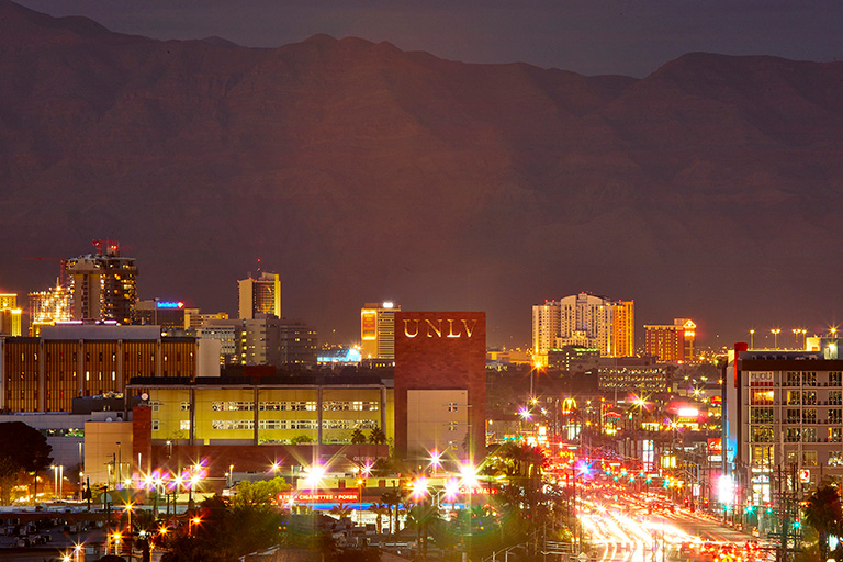 An overview of the Las Vegas strip on night