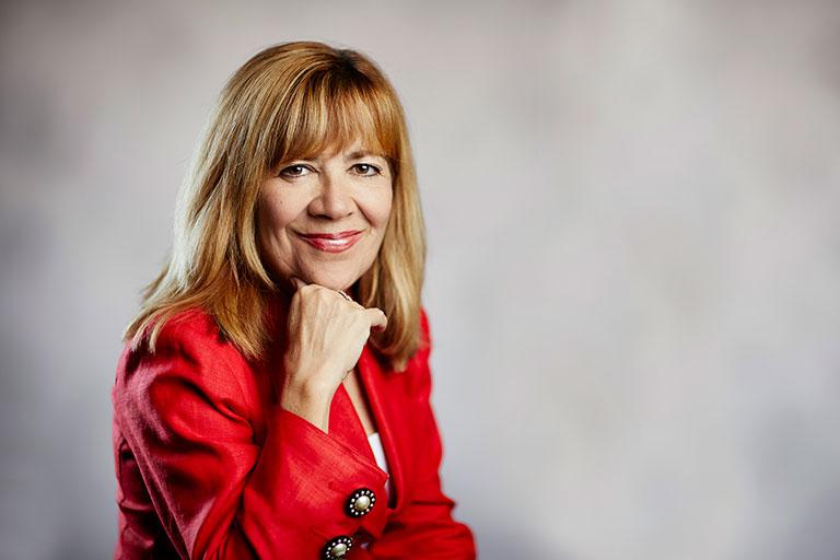 Marta Meana, Acting President