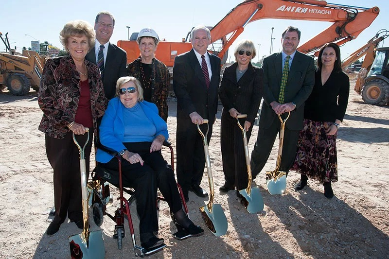 The Greenspun Family with former UNLV Presidents Carol Harter and David Ashley at the groundbreaking of Greenspun Hall