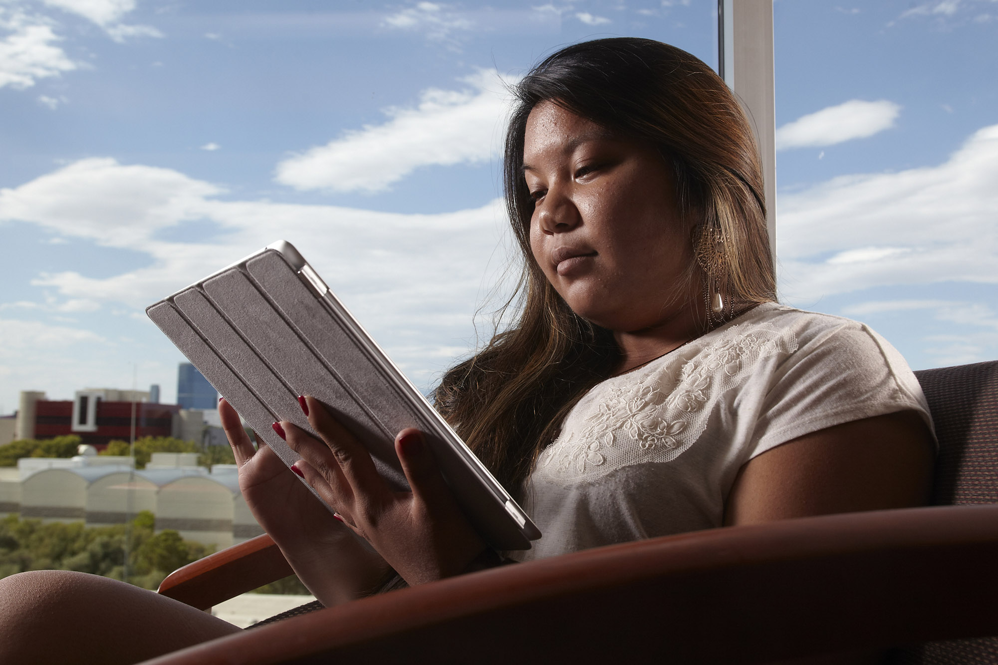 What A Pain Ipad Neck Plagues Women More News Center University Of Nevada Las Vegas Unlv bookstore, las vegas, nevada. what a pain ipad neck plagues women
