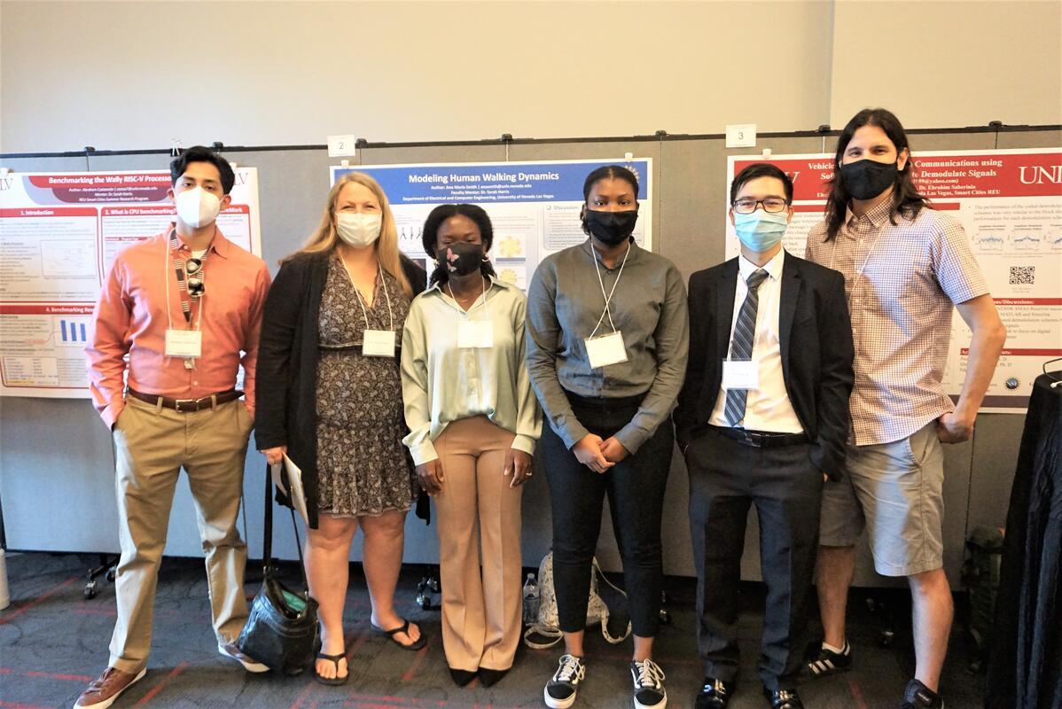 Photo: REU Smart Cities students and PI's