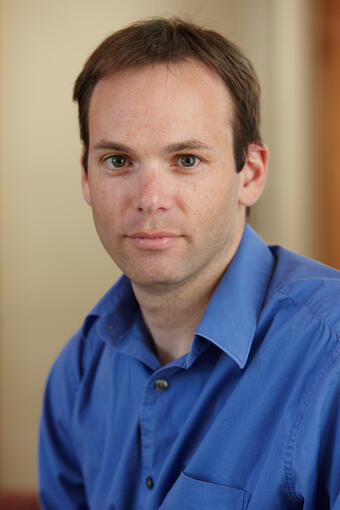 Headshot of Matthew Lachniet