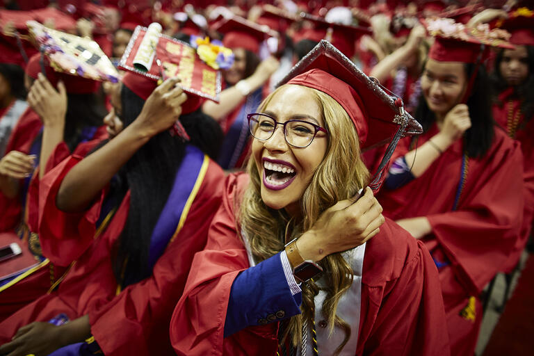 Students turn their tassles at commencement