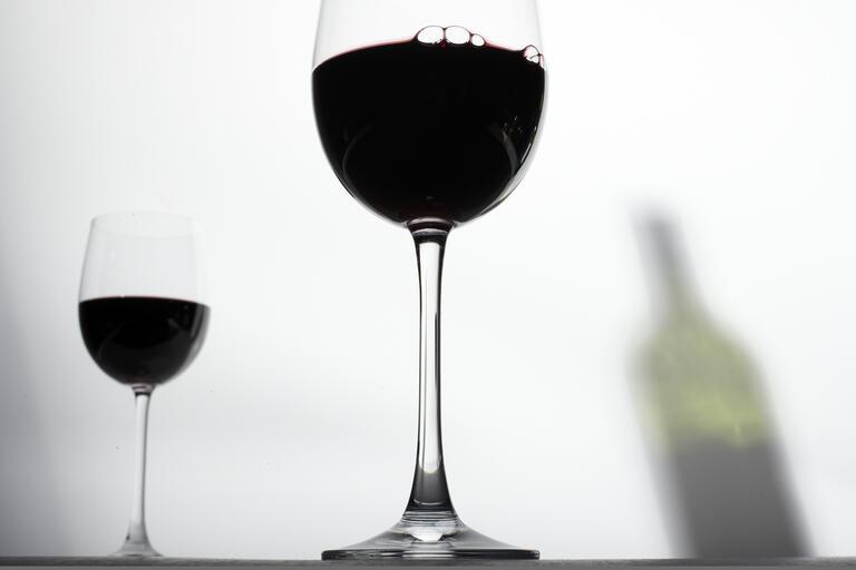 closeup of a glas of wine
