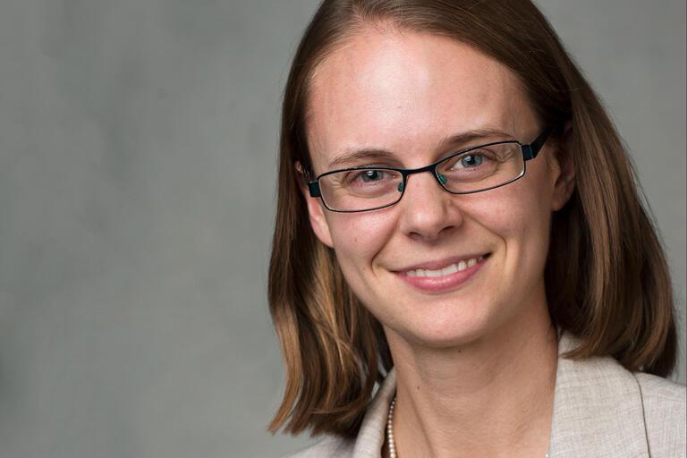 professor Rachael Robnett