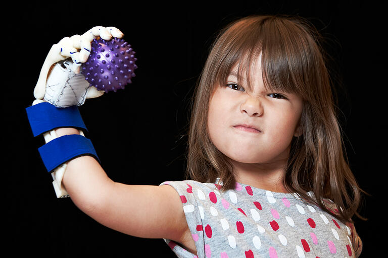 UNLV Engineering students have 4-year-old Hailey Dawson wearing Robohand