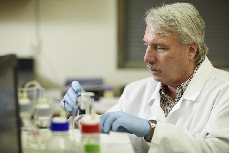 Biochemistry professor Ron Gary