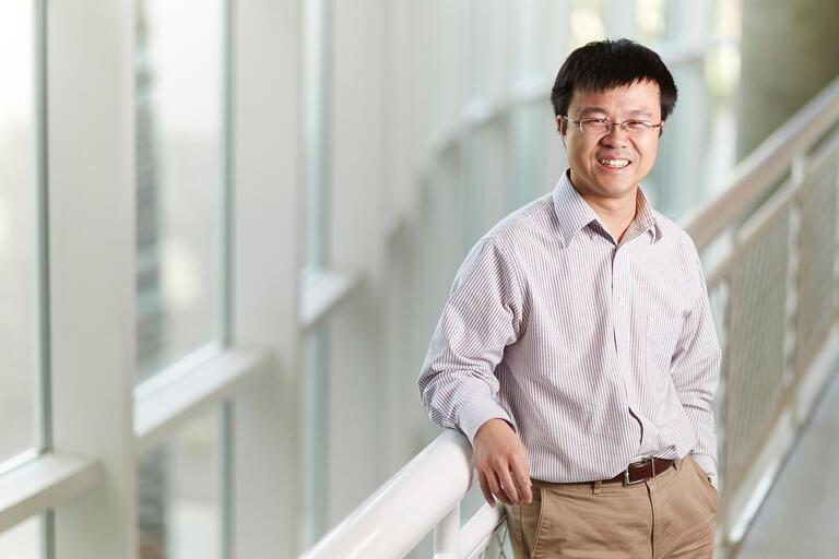 Zhaohuan Zhu