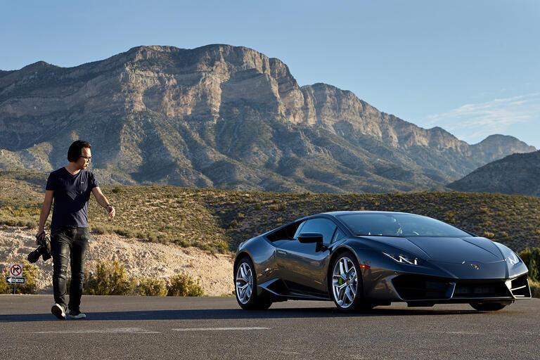 Jordan Shiraki photographs a Lamborghini