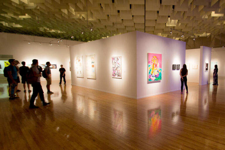 students view art gallery