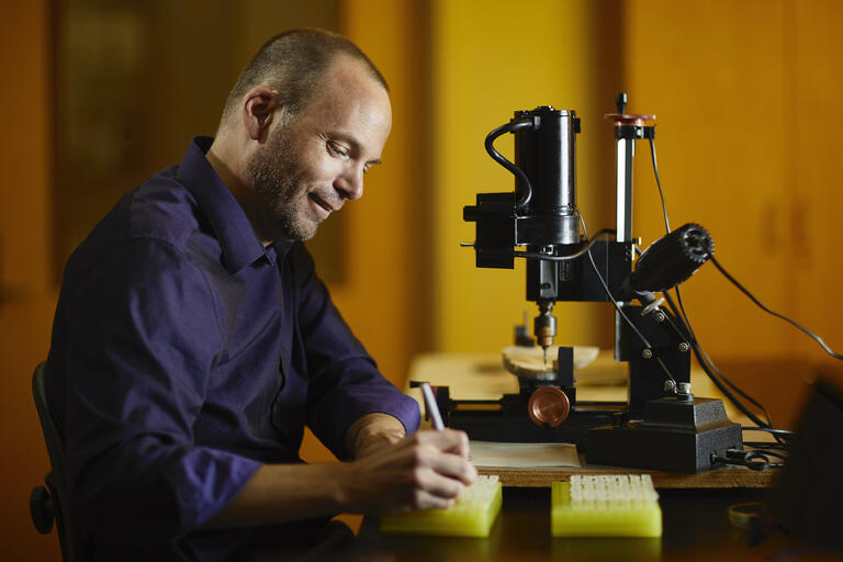 UNLV professor Matthew Lachniet works in his lab on campus.
